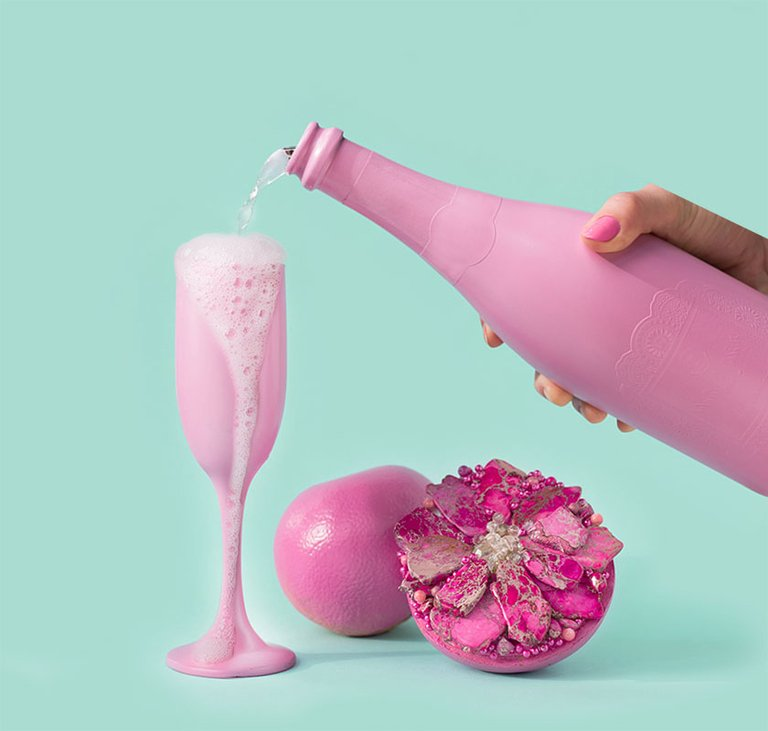 The Pink Grapefruit & Prosecco fragrance
