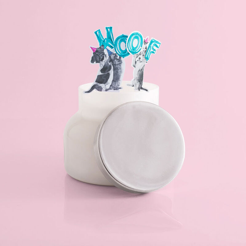 Volcano White Signature Candle Jar, 19 oz product with surprise image number 4
